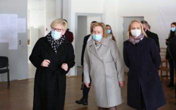 Balandžio 23 d. Trakų kultūros rūmuose lankėsi premjerė Ingrida Šimonytė